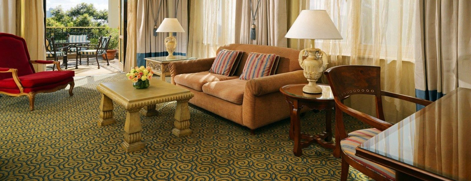Classic Suite Lounge interior, a spacious inviting area